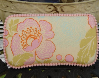Beautiful Baby Shower Gift-The Couture Mama Diaper Wipe Case in Amy Butler's Fresh Poppies