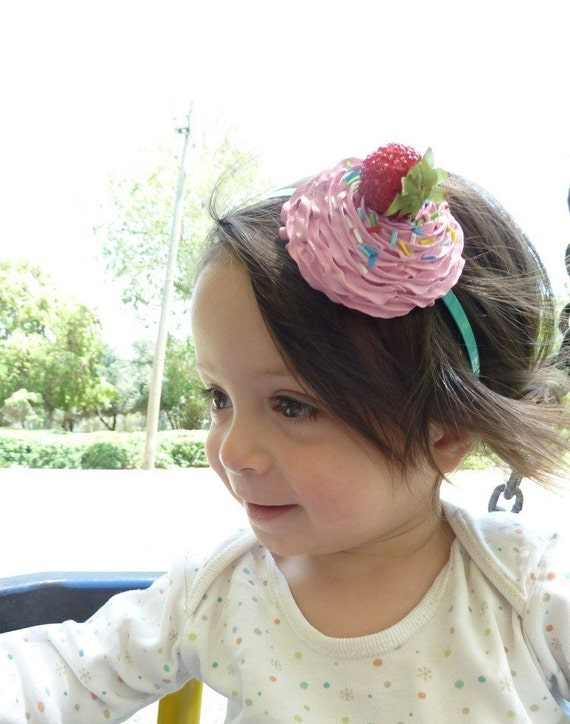 KATY PERRY HEADBAND-  fake cupcake great photo prop and katy perry costume ,first birthday party cupcake hat  ,pink icing