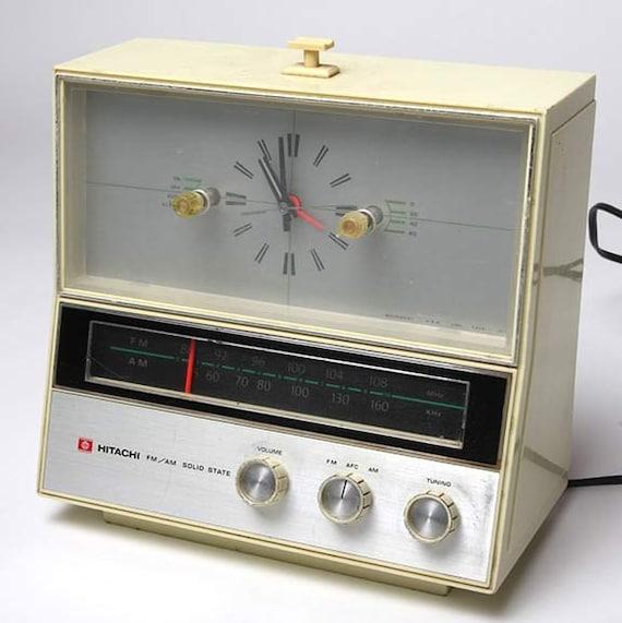 Vintage Hitachi 1960's Hipster AM/FM Clock Radio Model