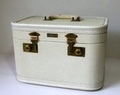 Vintage Train Case with Mirror and Key, White with Red Interior