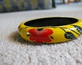 Vintage Handpainted Bangle Yellow with Red Flower