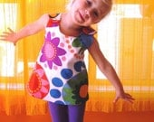 Girls Flower Power Reversible Pinnie - Play Apron - Dress - Top size 2 3 4 5 6 7 8