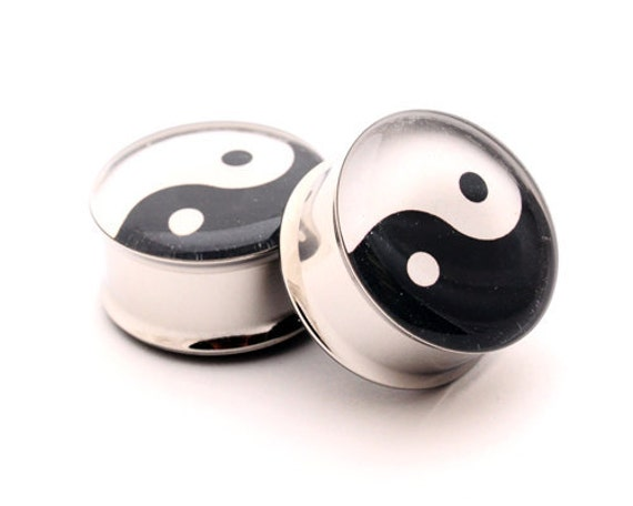 Yin Yang Picture Plugs Style 1 gauges - 16g, 14g, 12g, 10g, 8g, 6g, 4g, 2g, 0g, 00g, 7/16, 1/2, 9/16, 5/8, 3/4, 7/8, 1 inch