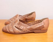 20% OFF Vintage Unworn 80s Huarache Flats in Nude / Tan Cutout Leather - Size 6