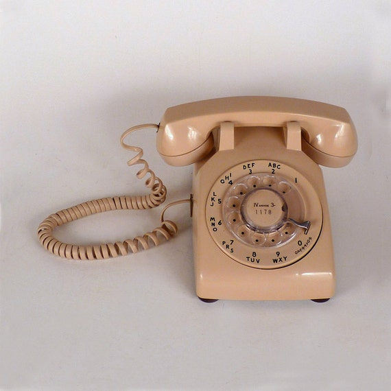 Vintage Tellephone Dial Up Bell System Large Rectangle Really Works Ring Beige men women teens