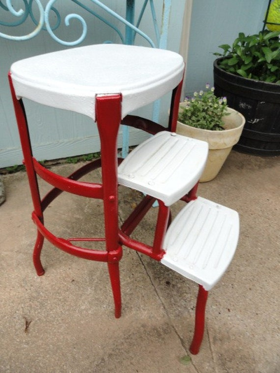 Vintage Retro Utility Step Stool 50s Kitchen Red White Mid