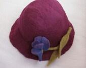 wool felt hat with fleur-de-lis