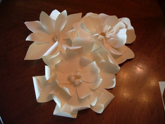 Trio of Ivory Flowers