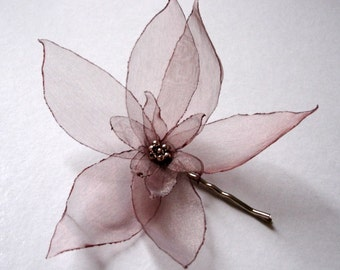 romantic cappuccino brown lilium christmas flower bobby pin