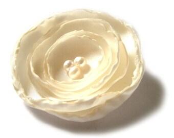 cream ivory rose flower brooch
