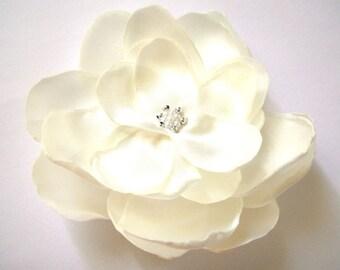ivory cream big rose blossom wedding flower hair comb