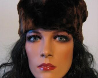 Vintage 50's fur hat. mad men. Jackie O.  Baby soft brown fur.
