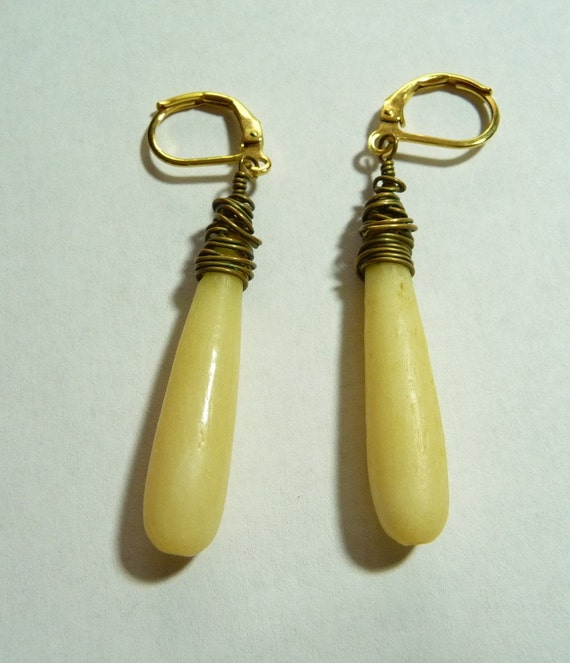 REDUCED Vintage Pre-Ban Ivory Earrings on  Etsy