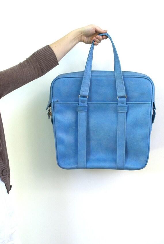 Aqua Blue Samsonite Silhouette Carry On Suitcase