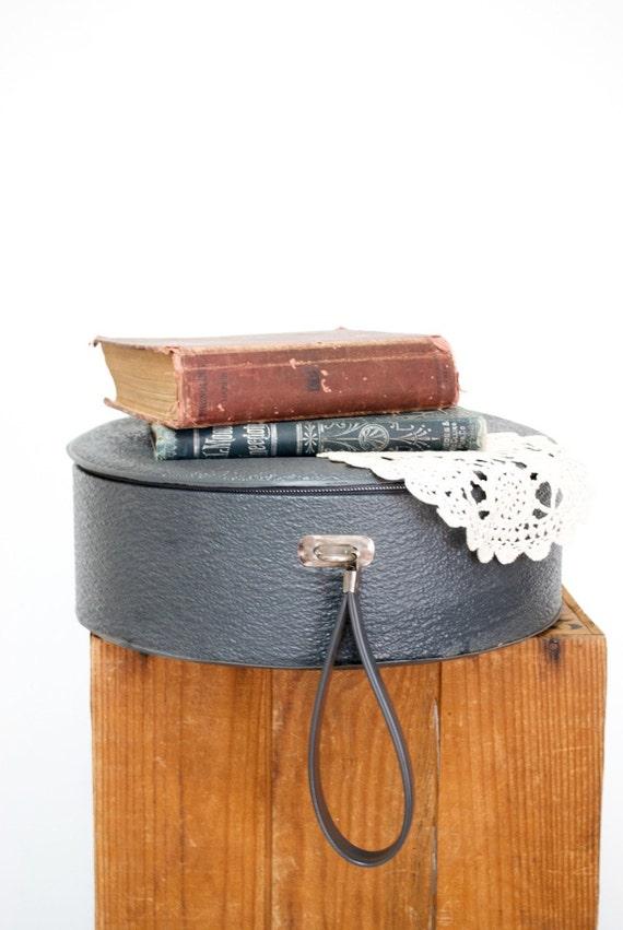 Vintage Hat Box Suitcase / Photo Prop / Storage Solution