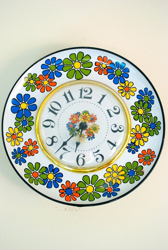 Vintage Flower Power Clock by SPARTUS
