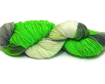 Flow - twisted soles sock yarn