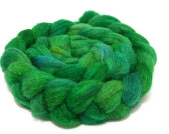 hand dyed Oatmeal Blue-Faced Leicester - What's my Lime
