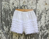 Vintage Bloomers in White Lace with Ruffles Womens Size Small to Medium