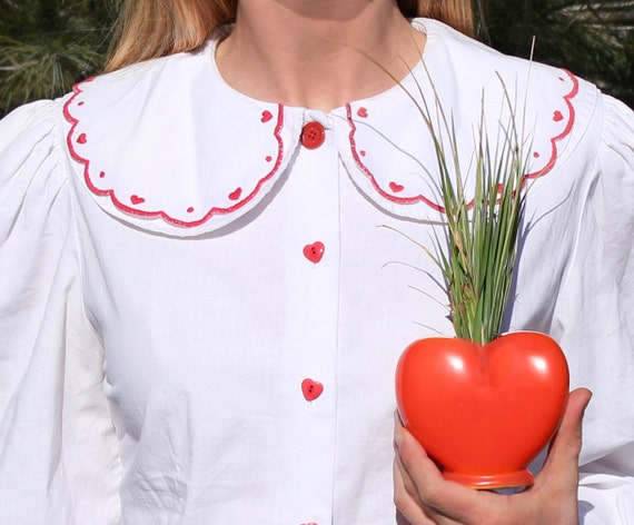 RESERVED Vintage White Cotton Blouse with Peter Pan Collar & Hearts . Womens Size Medium