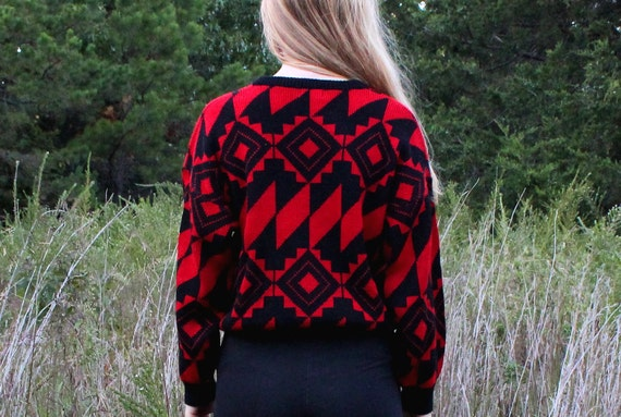 Vintage 1980s Oversized Sweater Geometric Retro Modern Tribal in Black and Red Womens Large