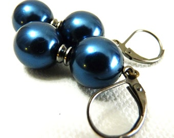 Simple Midnight Blue Pearl Earrings - GunMetal Gray