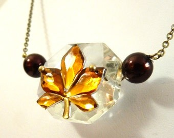 Golden leaf crystal necklace with brown pearls