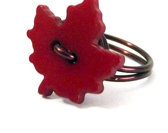 Red Maple Leaf Ring - size 7.75 (7 3/4)