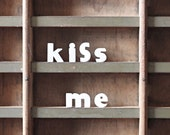 kiss me / vintage push pins / ceramic letter