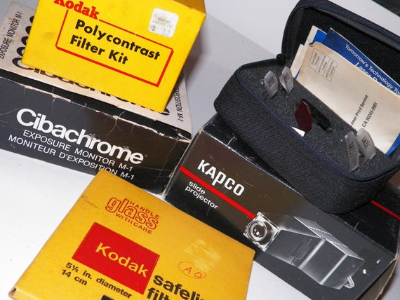 LOT of PHOTOGRAPHY Equip -Photo/Darkroom Supply -Steampunk Supply-Slide Projector,Glass filter,Exposure meter,Polaroid Lens Effects
