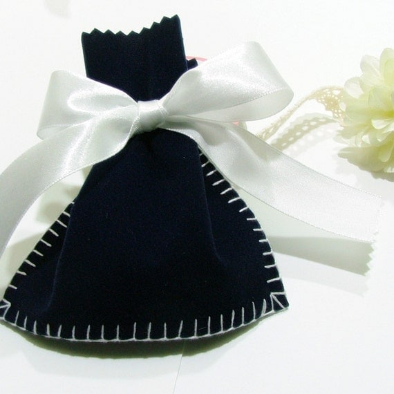 5 pcs - Velvet Tiny Bags - Jewelry Bags, Gift Bags, or Favor Bags HAND SEWING