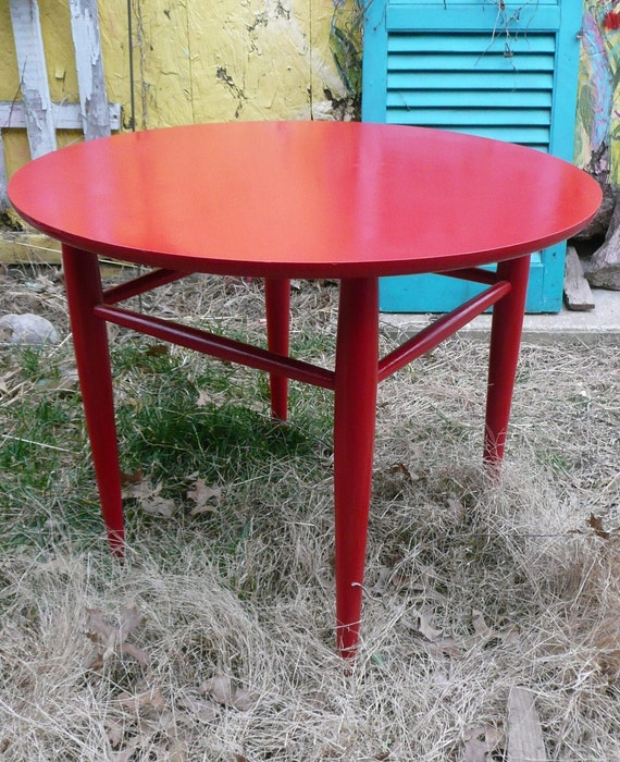 Mid Century MOD Round Table with Glass Top.Poppy Red