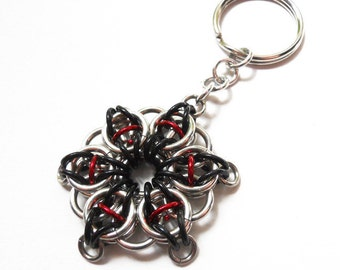 Chainmaille star keychain, Black and red, Celtic Visions Star