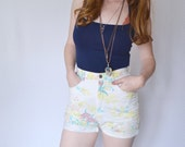 vintage 1990s floral grunge shorts / 90s high waisted short shorts / size extra small - small