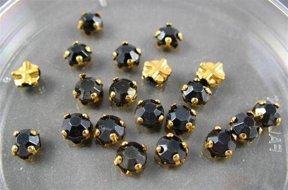 Vintage Rose Montee  - RARE - Black in gold setting - 20