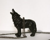 le loup \/ the wolf necklace