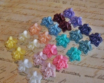 24 piece 16 mm Resin Flower Flatback Cabochon Supplies Lot Matte Floral Rose US Shipping