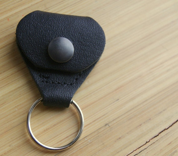 Guitar Pick and Golf Marker Case and Holder Keyring Keychain Black Leather
