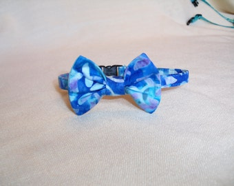 Retro Batik Breakaway Bowtie Collar For Cats