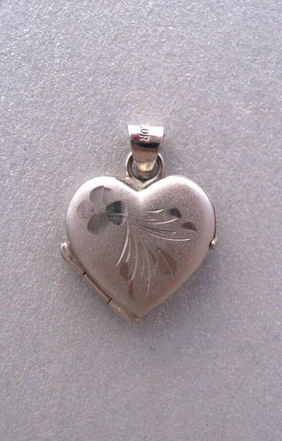 14K Gold Heart Locket by Milor