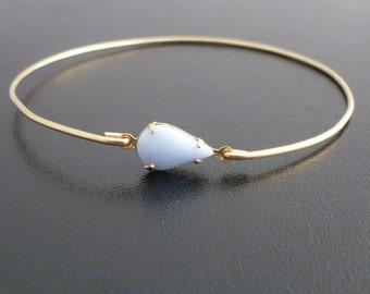 Teardrop Bangle Bracelet, Francesca - Gold Bangle Bracelet, Teardrop Jewelry, Teardrop Bracelet, Dainty Bracelet, Dainty Bangle Bracelet