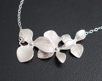 Orchid Flower Necklace, Bridesmaid Gift Necklace, Silver Bridesmaid Necklace Gift, Silver Orchid Necklace, Silver Flower Necklace
