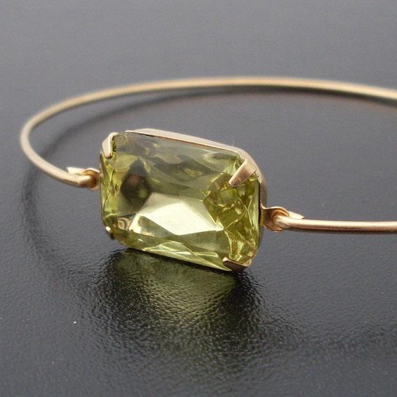 Bangle Bracelet Leona - Gold Tone, Green Stone