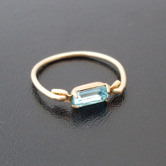 Stacking Ring Maggie - Gold Tone, Blue