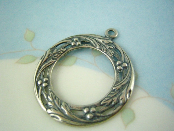 1PC FLORAL frame ring ox silver brass charm pendant---PT0058