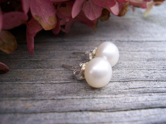 White freshwater button pearl  post earrings, bridal jewelry, wedding jewelry