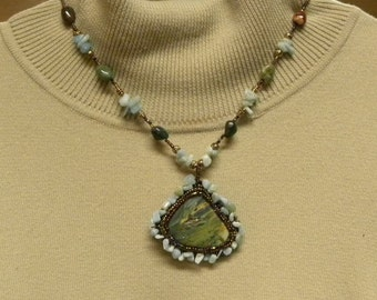 CLEARANCE PRICED - Hand Beaded Turquoise Green Polished Stone Cabachon Necklace