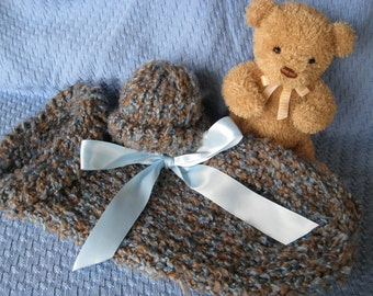 Warm n Fuzzy Cocoon - Knitted Baby Pod with Matching Hat in Blue Sand