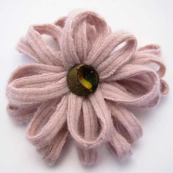 Eco Friendly Flower Brooch, Lapel Pin - Pale Pink Cashmere