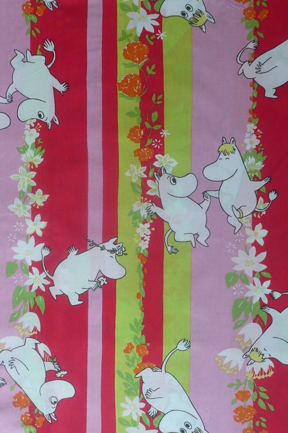 Moomin fabric / scrap summer, pink, red bright colours